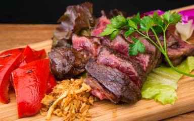FireShot Capture 663 - 庄内で食べる、とれたての鮮魚に肉厚のステーキは絶品。 - http___www.i-kaerimichi.com_menu.html